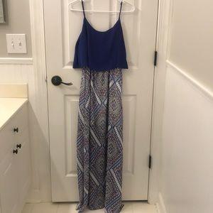 B. Darlin blue patterned maxi dress size 7/8